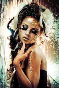 Golden modesty - Fotokunst vrouw