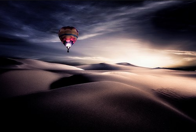 The balloon in the desert