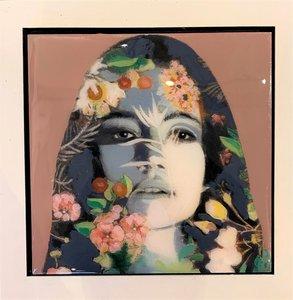 Inner Flower - 22 x 22 - Epoxy portret vrouw