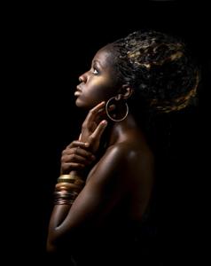 Golden-Brown - Fotokunst vrouw