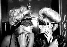 Kiss-and-make-up