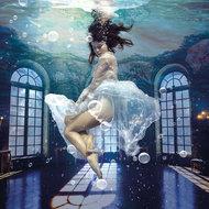 Under-water-Fotokunst-vrouw