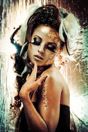 Golden-modesty-Fotokunst-vrouw