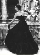 Fotokunst-black-vintage-dress