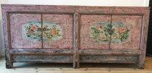 Chinees-dressoir-roze-beschilderd